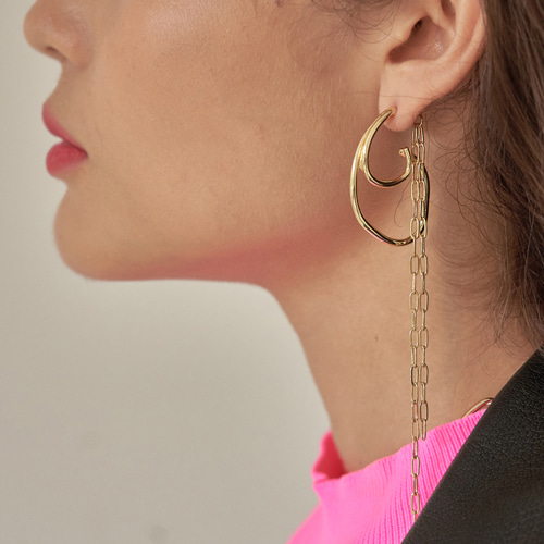 #805 EARRINGS [GOLD]